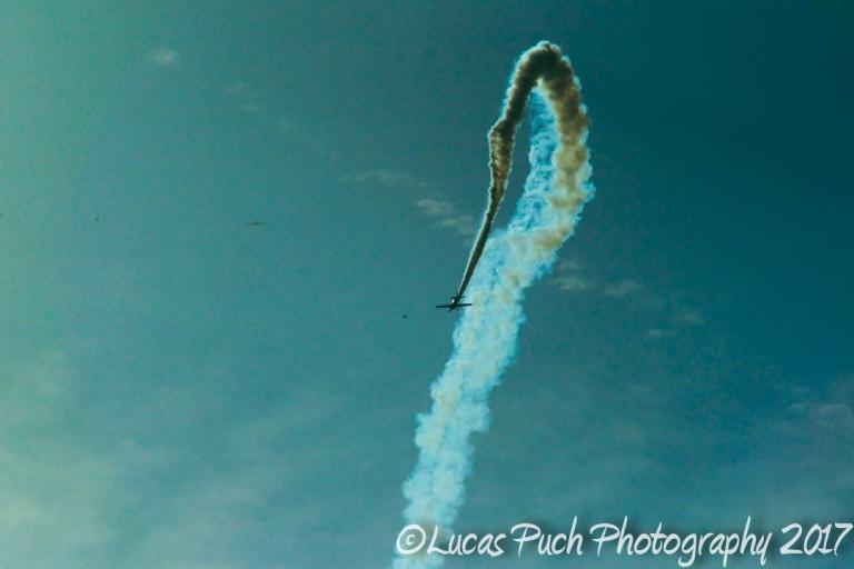 smokingairplane_ldpfotoblog-2